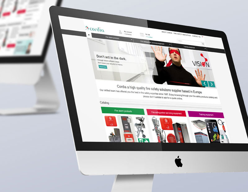 Création et développement site catalogue avec devis en ligne, CMS interne, langue anglaise, administration sur mesure par types de contenus.